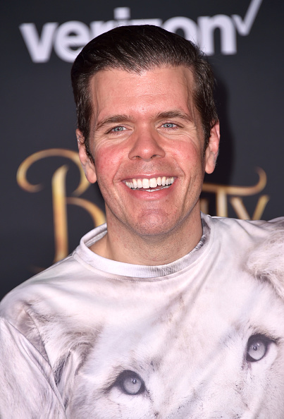 "El Capitan Theatre「Premiere Of Disney's ""Beauty And The Beast"" - Arrivals」:写真・画像(9)[壁紙.com]"
