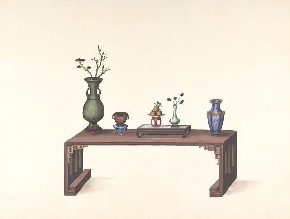 Vase「Low Table With Vases」:写真・画像(2)[壁紙.com]