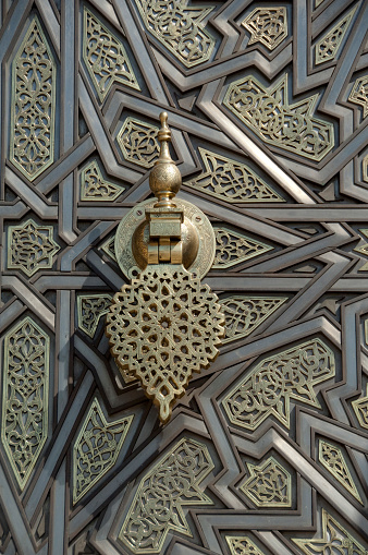 Morocco「Ornate brass palace door detail, Royal Palace, Casablanca, Morocco」:スマホ壁紙(4)