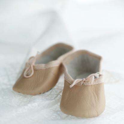 子供「Baby shoes」:スマホ壁紙(14)