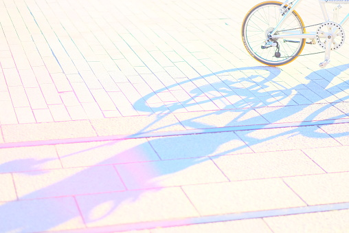 Fairy Tale「Colorful shadow of a bicycle」:スマホ壁紙(15)