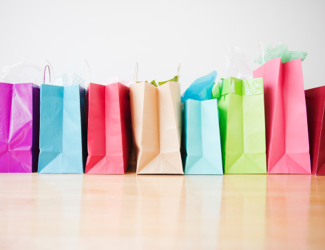Consumerism「Colorful shopping bags standing in row」:スマホ壁紙(6)