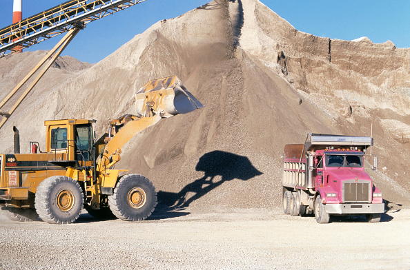 Sand「Sand and gravel extraction, Quarry, Indiana, USA」:写真・画像(7)[壁紙.com]