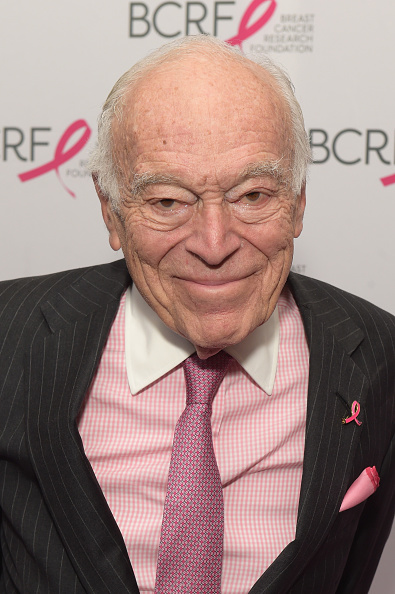 Breast「Breast Cancer Research Foundation New York Symposium and Awards Luncheon - Arrivals」:写真・画像(18)[壁紙.com]