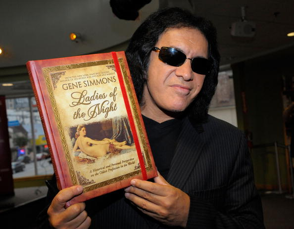 Personal Perspective「Gene Simmons Launches His New Book」:写真・画像(18)[壁紙.com]