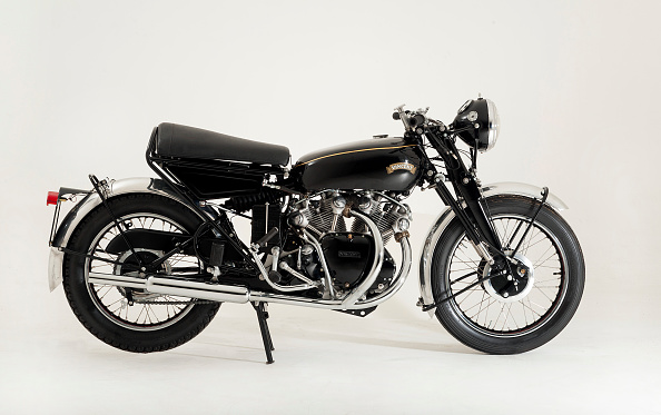 Black Color「1959 Vincent Black Shadow」:写真・画像(13)[壁紙.com]