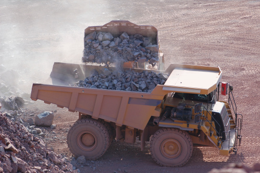 Basalt「Open-pit Mine with Earth Mover and Dump Truck」:スマホ壁紙(11)