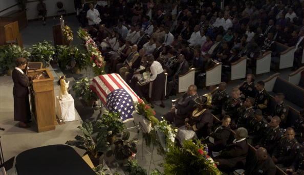 Preacher「Savannah Mourners Remember Soldier Killed In Afghanistan Battle」:写真・画像(11)[壁紙.com]