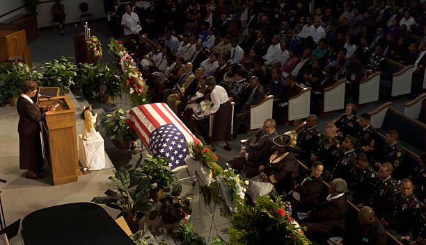 Savannah Mourners Remember Soldier Killed In Afghanistan Battle:ニュース(壁紙.com)