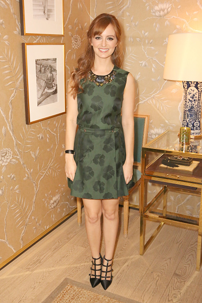 Sleeveless Top「Vogue And Tory Burch Celebrate The Tory Burch Watch Collection」:写真・画像(7)[壁紙.com]
