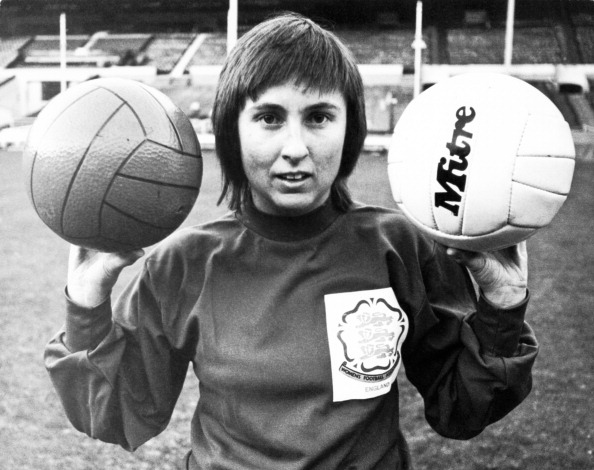 Only Women「Female Goalkeeper」:写真・画像(12)[壁紙.com]