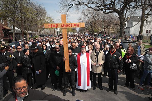 Christianity「Chicago Cardinal Blase Cupich Leads Peace Walk On Good Friday」:写真・画像(18)[壁紙.com]