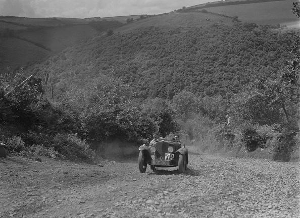 Mid Adult「Rover Meteor Speed Twenty at the Mid Surrey AC Barnstaple Trial, Beggars Roost, Devon, 1934」:写真・画像(0)[壁紙.com]