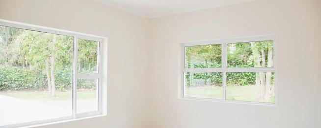 Window「Empty white room in house」:スマホ壁紙(15)
