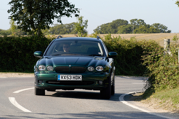 Environmental Conservation「2003 Jaguar X Type Sport Estate」:写真・画像(8)[壁紙.com]