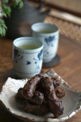Wagashi「Karintou with green tea and teapot」:スマホ壁紙(17)