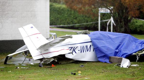 Homemade「Home-Built Aircraft Crashes Into Whenuapai Air Base」:写真・画像(19)[壁紙.com]