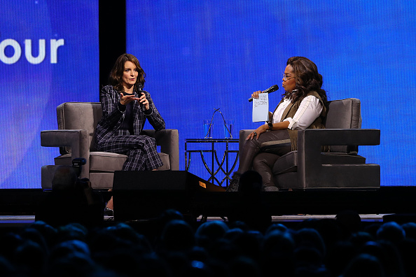 Oprah Winfrey「Oprah's 2020 Vision: Your Life In Focus Tour With Special Guest Tina Fey」:写真・画像(4)[壁紙.com]