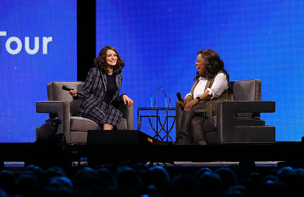 Oprah Winfrey「Oprah's 2020 Vision: Your Life In Focus Tour With Special Guest Tina Fey」:写真・画像(10)[壁紙.com]