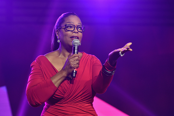 Oprah Winfrey「2016 ESSENCE Festival Presented By Coca-Cola Ernest N. Morial Convention Center - Day 3」:写真・画像(6)[壁紙.com]