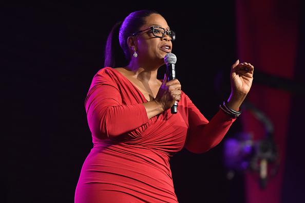 Oprah Winfrey「2016 ESSENCE Festival Presented By Coca-Cola Ernest N. Morial Convention Center - Day 3」:写真・画像(15)[壁紙.com]