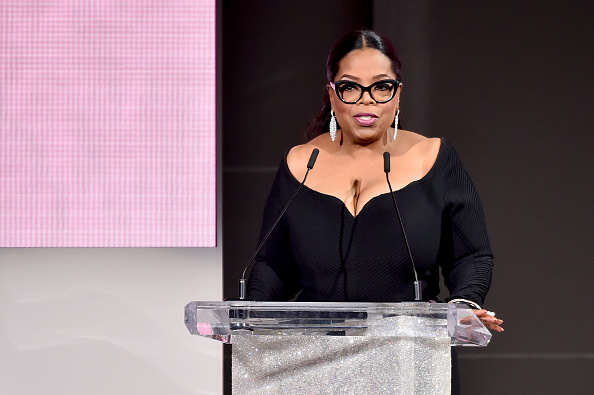 Oprah Winfrey「2018 CFDA Fashion Awards - Show」:写真・画像(15)[壁紙.com]
