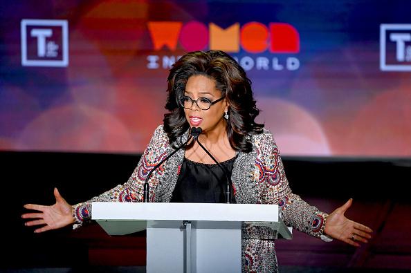 Oprah Winfrey「10th Anniversary Women In The World Summit」:写真・画像(11)[壁紙.com]