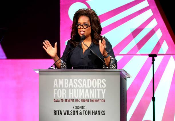 Ambassadors For Humanity Gala Benefiting USC Shoah Foundation Honoring Rita Wilson And Tom Hanks:ニュース(壁紙.com)