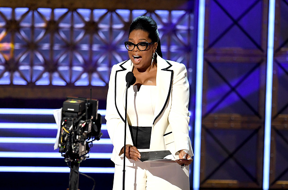 Oprah Winfrey「69th Annual Primetime Emmy Awards - Show」:写真・画像(1)[壁紙.com]