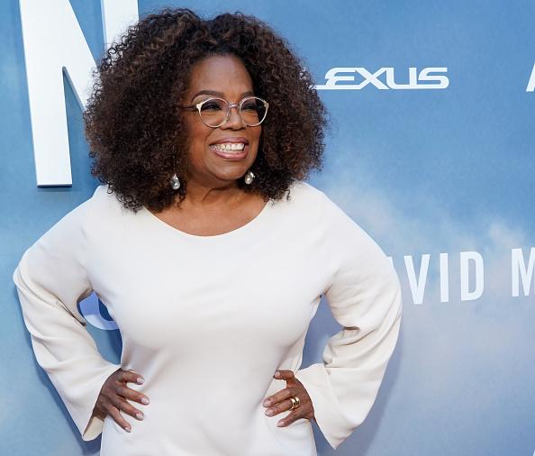 "Oprah Winfrey「Premiere Of OWN's ""David Makes Man"" - Red Carpet」:写真・画像(9)[壁紙.com]"