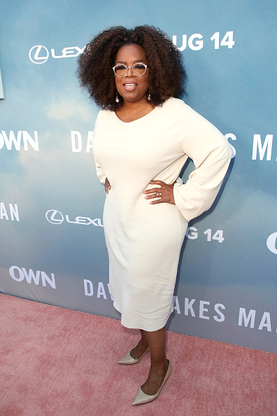 "Oprah Winfrey「Premiere Of OWN's ""David Makes Man"" - Arrivals」:写真・画像(2)[壁紙.com]"