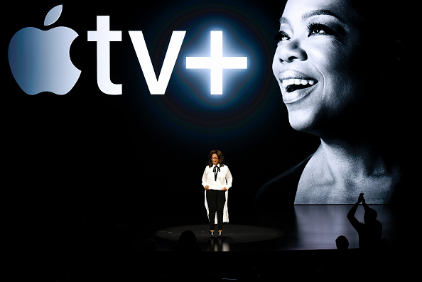 Oprah Winfrey「Apple Holds Product Launch Event In Cupertino」:写真・画像(6)[壁紙.com]