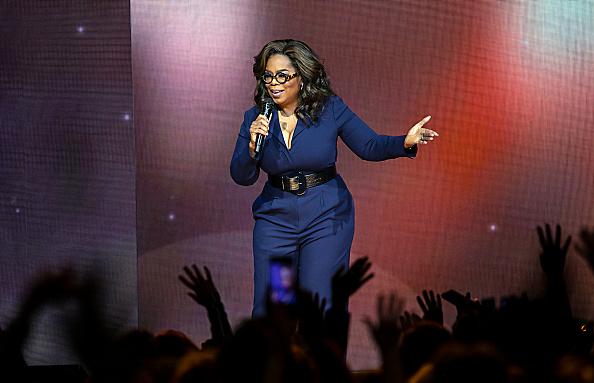 Oprah Winfrey「Oprah's 2020 Vision: Your Life In Focus Tour Opening Remarks - Charlotte, NC」:写真・画像(14)[壁紙.com]
