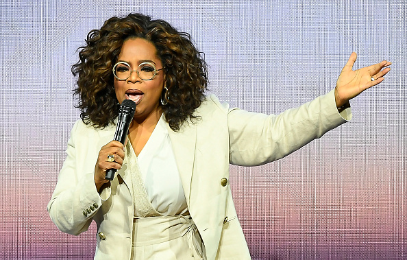 Oprah Winfrey「Oprah's 2020 Vision: Your Life In Focus Tour Opening Remarks - San Francisco, CA」:写真・画像(16)[壁紙.com]