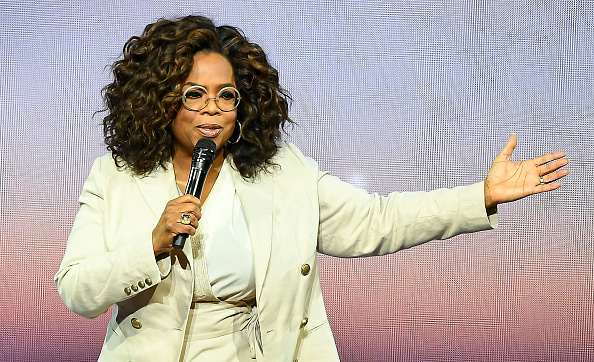 Oprah Winfrey「Oprah's 2020 Vision: Your Life In Focus Tour Opening Remarks - San Francisco, CA」:写真・画像(5)[壁紙.com]