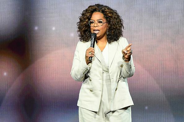 Oprah Winfrey「Oprah's 2020 Vision: Your Life In Focus Tour Opening Remarks - San Francisco, CA」:写真・画像(2)[壁紙.com]