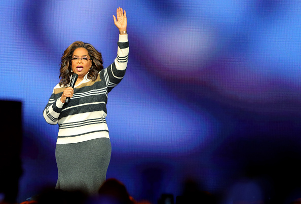 Oprah Winfrey「Oprah's 2020 Vision: Your Life In Focus Tour Opening Remarks - St. Paul, MN」:写真・画像(5)[壁紙.com]