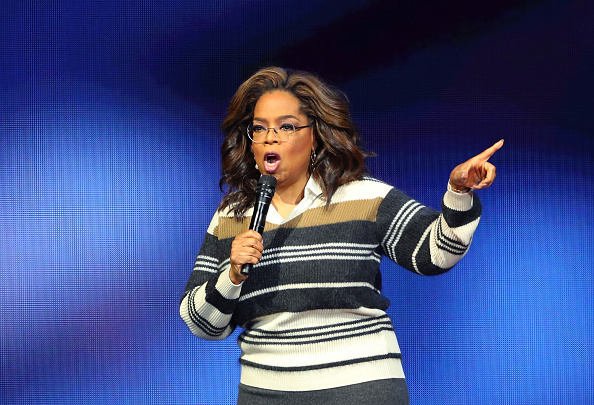 Oprah Winfrey「Oprah's 2020 Vision: Your Life In Focus Tour Opening Remarks - St. Paul, MN」:写真・画像(15)[壁紙.com]