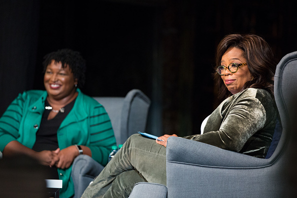 Oprah Winfrey「Oprah Winfrey Campaigns With Democratic Gubernatorial Candidate Stacey Abrams」:写真・画像(3)[壁紙.com]