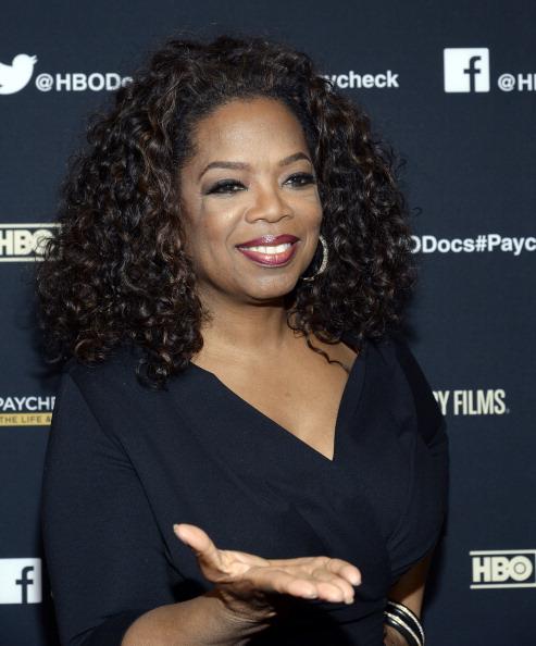 "Oprah Winfrey「Premiere Of HBO Documentary Films' ""Paycheck To Paycheck"" - Red Carpet」:写真・画像(7)[壁紙.com]"