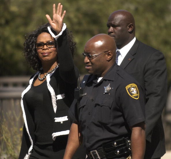 Responsibility「Oprah Winfrey Reports For Jury Duty」:写真・画像(8)[壁紙.com]