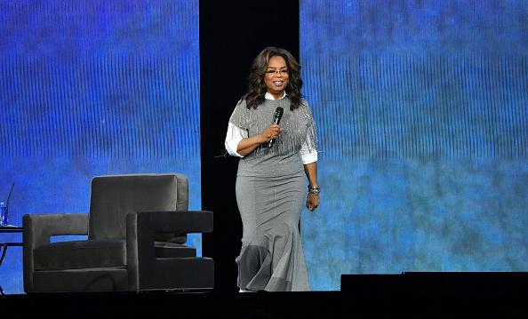 Oprah Winfrey「Oprah's 2020 Vision: Your Life In Focus Tour With Special Guest Dwayne Johnson」:写真・画像(10)[壁紙.com]