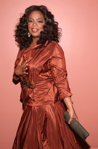 Oprah Winfrey「Alvin Ailey American Dance Theater's 50th Anniversary Opening Night」:写真・画像(18)[壁紙.com]