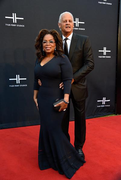 Oprah Winfrey「Tyler Perry Studios Grand Opening Gala - Arrivals」:写真・画像(12)[壁紙.com]