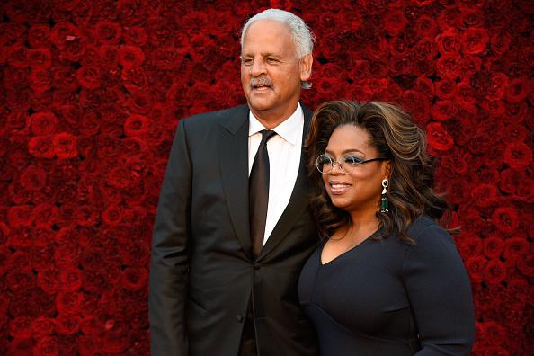 Oprah Winfrey「Tyler Perry Studios Grand Opening Gala - Arrivals」:写真・画像(15)[壁紙.com]