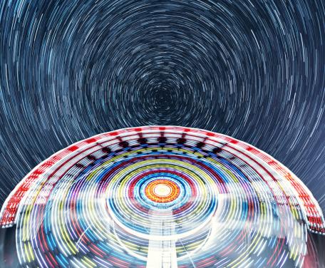 星空「スピニングの星」:スマホ壁紙(17)