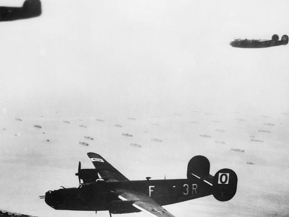 Military Airplane「Liberators」:写真・画像(17)[壁紙.com]