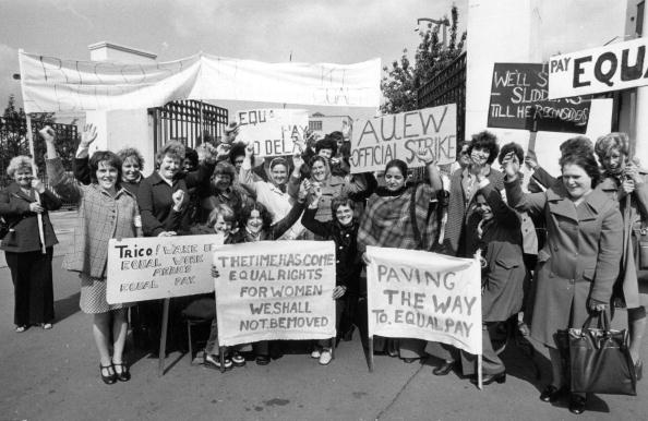 Paying「Women Pickets」:写真・画像(15)[壁紙.com]