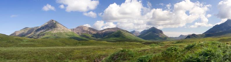 スコットランド文化「山のパノラマ」:スマホ壁紙(14)