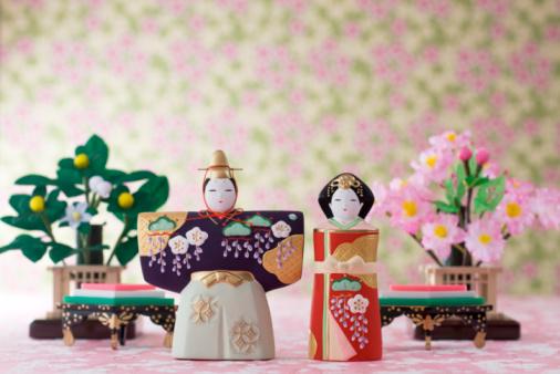 ひな祭り「Japanese hinamatsuri doll」:スマホ壁紙(1)